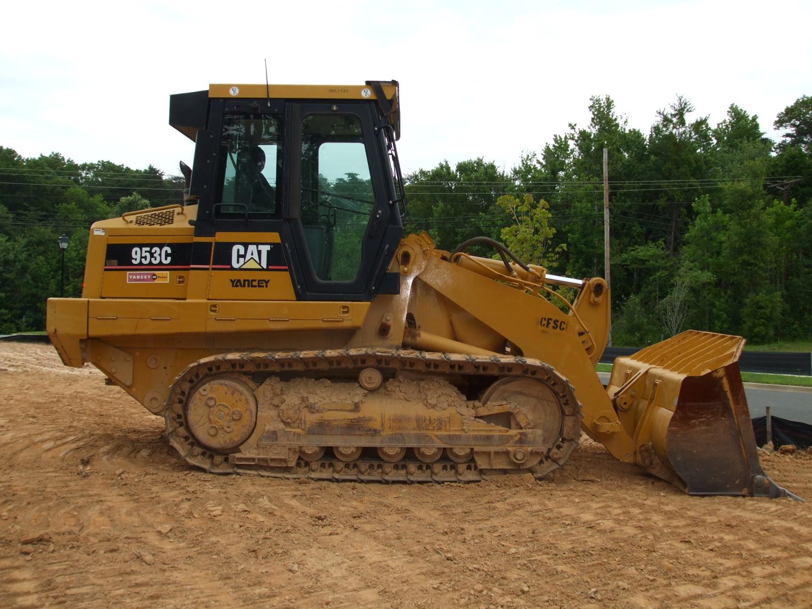 2005 CAT 953 Loader (1)